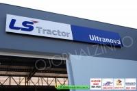 LS-Tractor-Ultranova 015