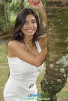 Emily Dias 242